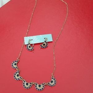 charming necklace&earrings